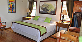 Where to stay- Accommodations in Belize at Latitude Adjustment
